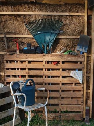 garden-tool-organizer