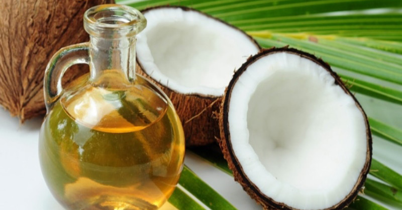 7 Crucial Survival Uses for Coconut Oil