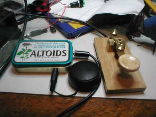 Altoids_Can_Morse_Code_Oscillator_1