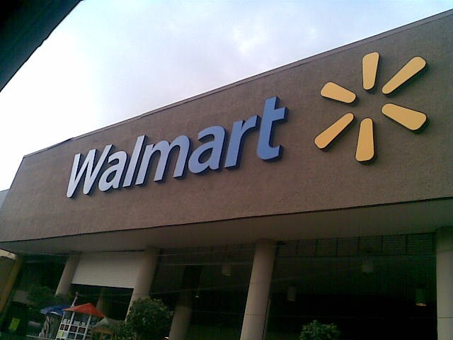 Is Wal-Mart Destroying America? 20 Facts About Wal-Mart