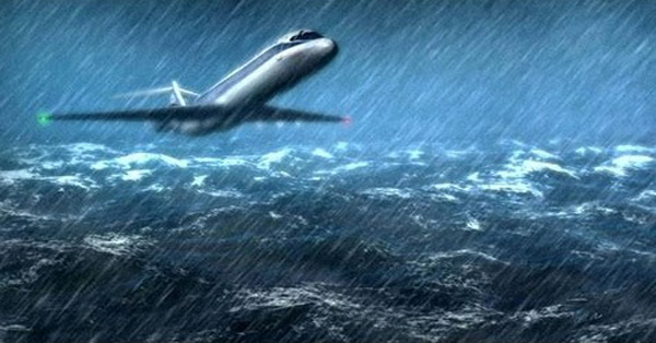 How To Survive a Plane Crash At Sea